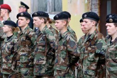 Klaipėdos kariai neskuba teikti prašymų dėl kompensacijų už mokslą