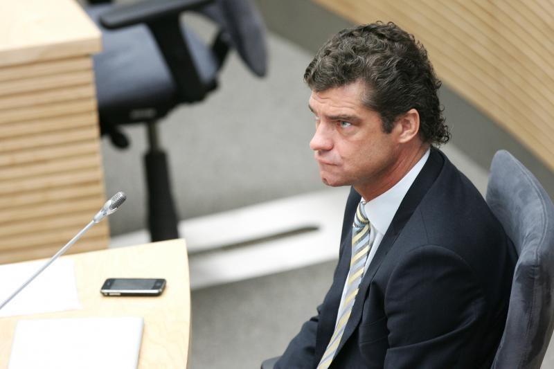 Bus bandoma atstatydinti komisijos pirmininką Ž.Šilgalį