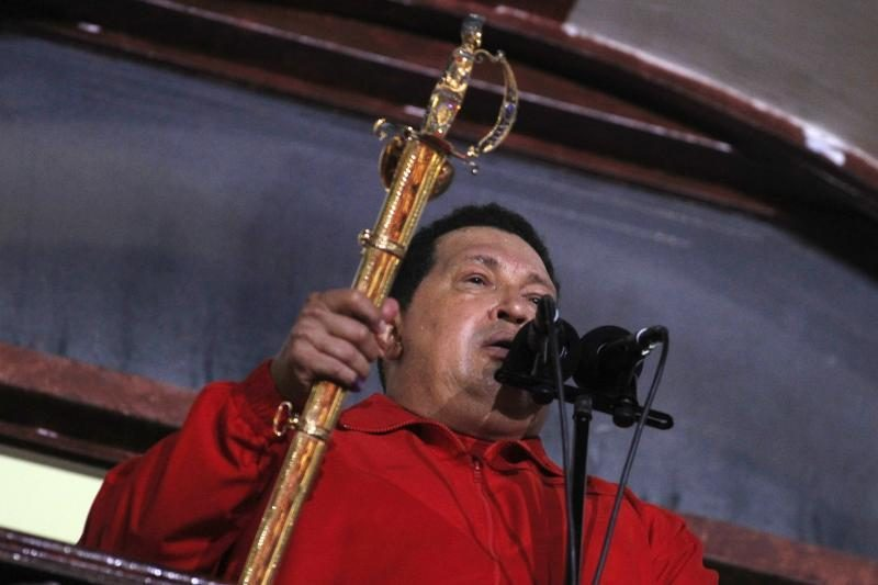 Venesuelos prezidentas H. Chavezas grumiasi dėl savo gyvybės