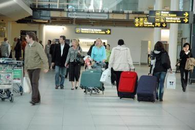 Padaugėjo nelegalių agentūrų, siūlančių darbą užsienyje