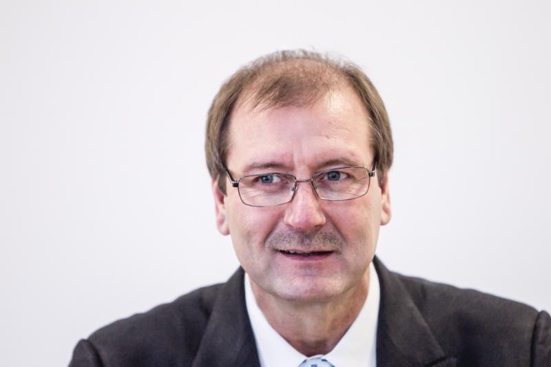 Į teismą neatvykęs ir baudą gavęs V. Uspaskichas: man skaudėjo skrandį