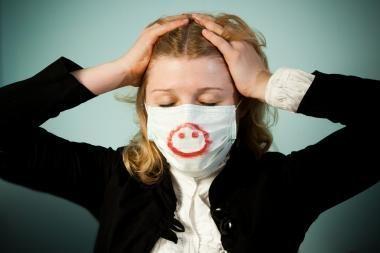 Pandeminis gripas: būtini aparatai vis dar ministerijos sandėliuose
