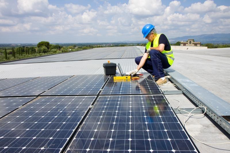 Kainų komisija svarstys siūlymus dėl saulės elektrinių ribojimo