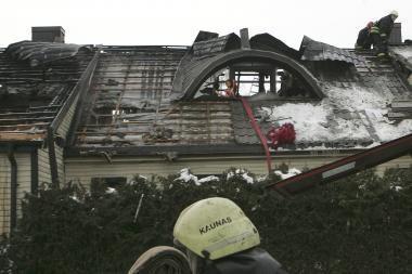 Vyraujant šaltiems orams gaisruose žūsta daugiau žmonių