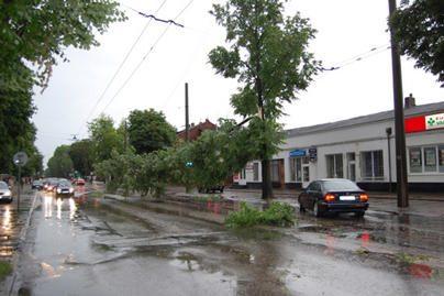 Kauniečių nuotraukose – audros padariniai