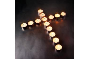 Kad per Vėlines degtų tik žvakės