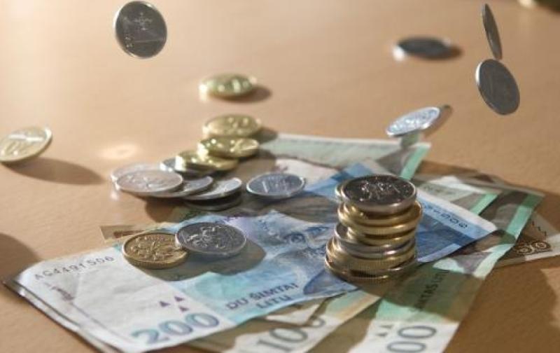 Vyriausybė Trišalei tarybai siūlo pritarti MMA didinimui 50 litų