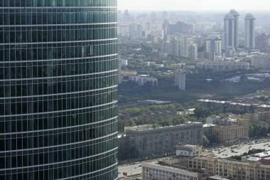 """Maskva be J.Lužkovo grįš į """"laukinius devyniasdešimtuosius""""? (papildyta)"""