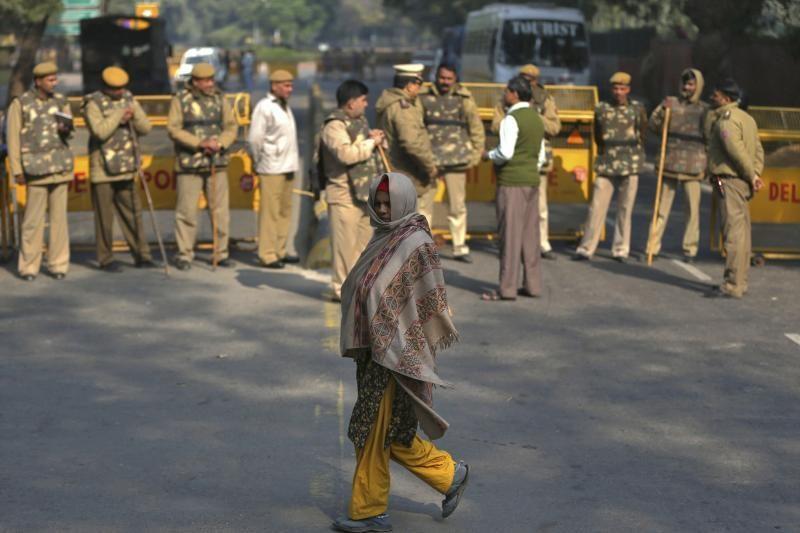 Singapūre mirė Indijoje grupės vyrų išžaginta studentė