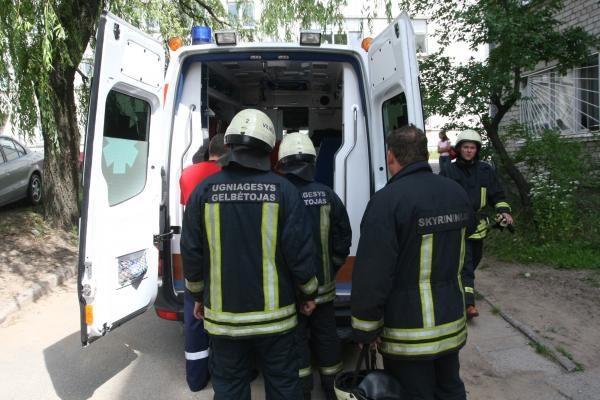 Sprogus dujų balionui sužaloti trys žmonės