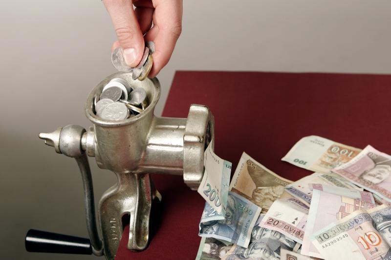 K.Glaveckas: biudžeto bėdų nauji mokesčiai neišspręs