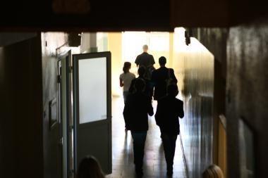 Mokyklose daugėja moksleivių