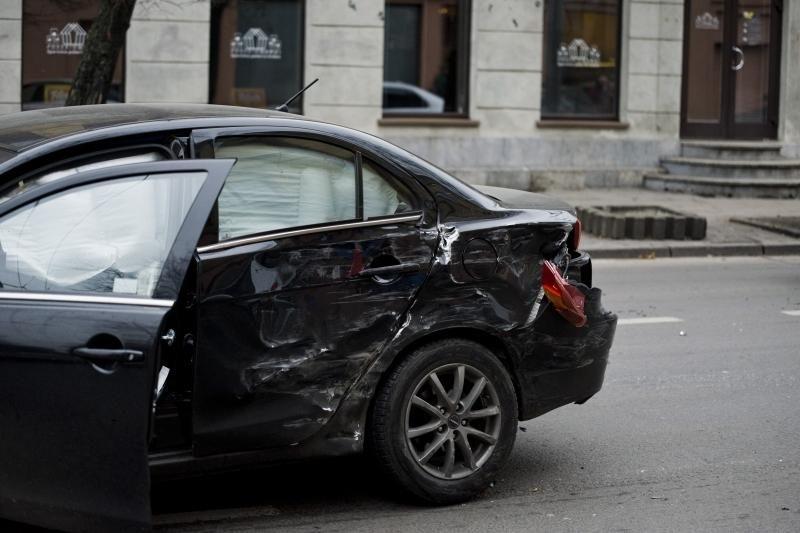 Karas keliuose: per savaitę avarijose žuvo šeši žmonės