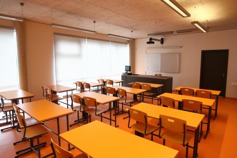 Dėl tvarkos pažeidimų nubausta pusšimtis Kauno mokyklų