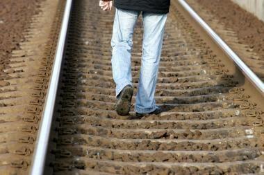 Už pasivaikščiojimą geležinkeliu - 100 litų bauda