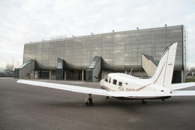 Lietuviams siūlomi verslo klasės lėktuvai