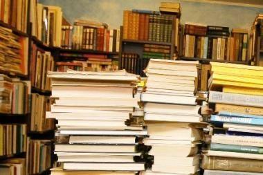 Literatūrologai: 99 proc. sensacijų – viešųjų ryšių specialistų darbas