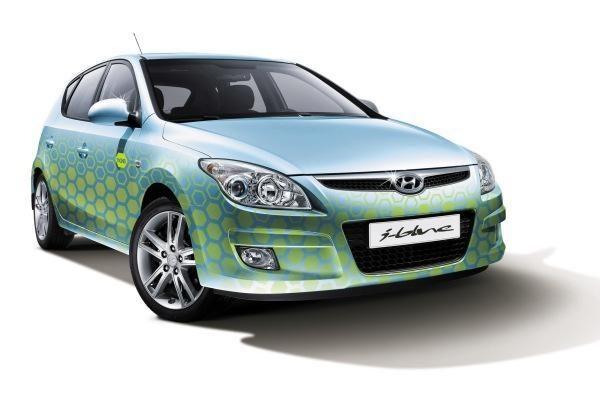 """Naujieji """"Hyundai i30 Blue Drive"""" Lietuvoje jau parduodami"""