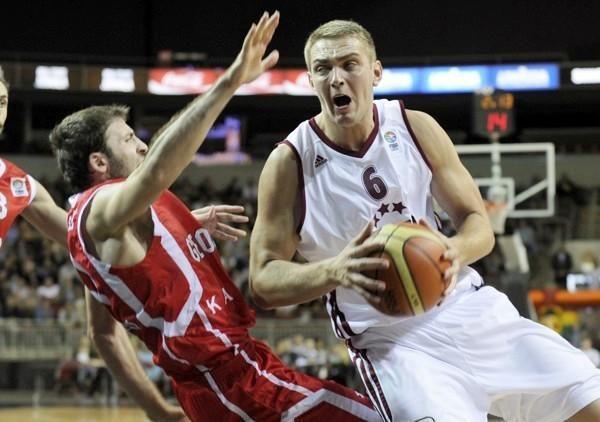 Estijos ir Latvijos krepšininkai ginklų dar nesudėjo