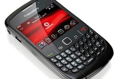"""Indonezija prisijungia prie šalių, svarstančių uždrausti """"BlackBerry"""""""