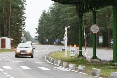 Latviai į Lietuvą vyksta be dokumentų