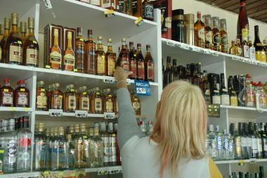 Lietuviai degtinės išgeria daugiau už rusus