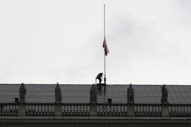 Lenkijoje dėl šalies vadovo žūties bus surengti pirmalaikiai prezidento rinkimai