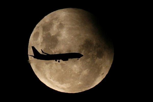 Atsibodo atostogauti Žemėje? Skriskite į Mėnulį