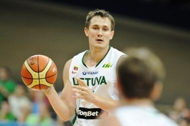 Lietuva JAV rinktinei pralaimėjo po gražios kovos 61:77