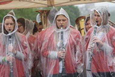 Šventę sugadino lietus
