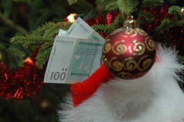 Emigrantai siunčia mažiau pinigų į Lietuvą