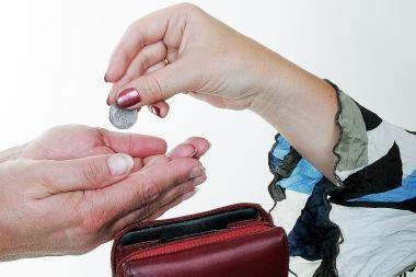 Dauguma gyventojų abejoja bankų specialistų nešališkumu