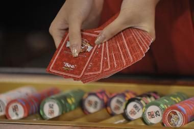 Konkurencijos tarybos prašoma tirti azartinių lošimų rinką