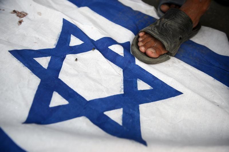 Izraelis atnaujins surinktų mokesčių pervedimą palestiniečiams