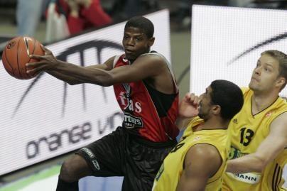 H.Mottola: tikras krepšinis – Lietuvoje