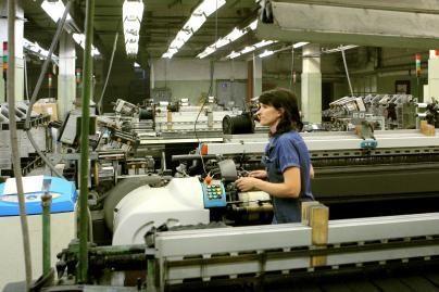 """""""Drobės"""" fabrikas bankrutuoja"""