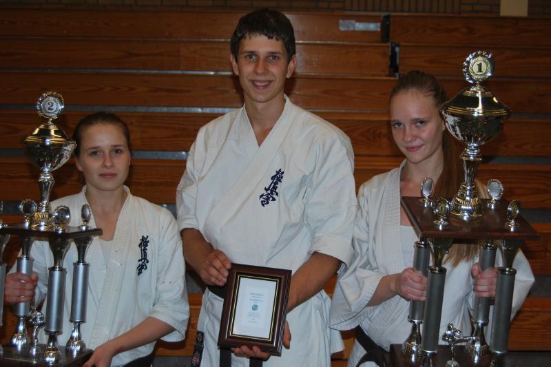 Klaipėdiečiams – Olandijos kiokušin karatė čempionato titulai