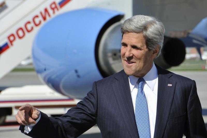 JAV valstybės sekretorius atvyko į Rusiją gerinti santykių