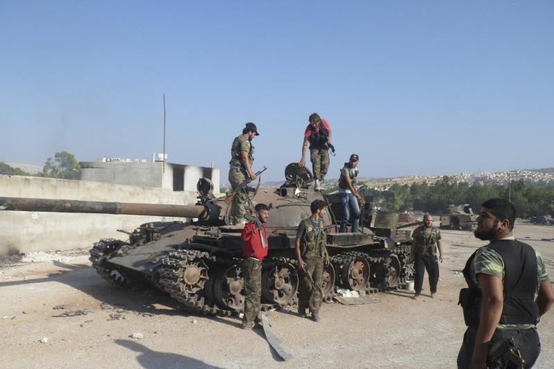 """Turkijos premjeras: Sirija tapo """"teroristine valstybe"""""""