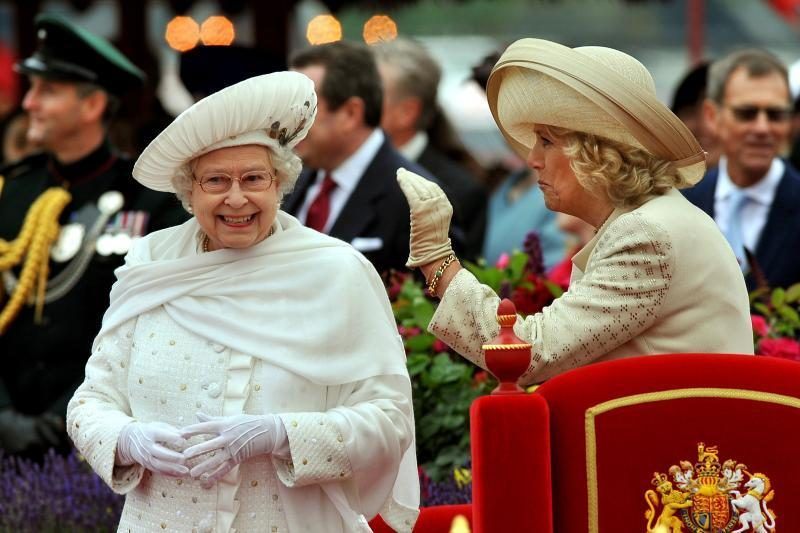 Elizabeth II deimantinio jubiliejaus iškilmes tęs rokenrolas