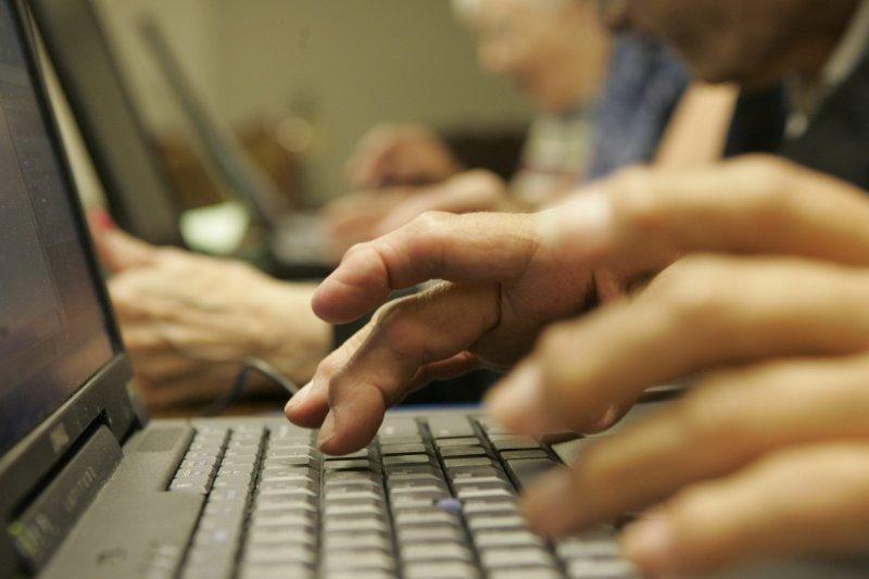 Tyrimas: kompiuteriu naudojasi daugiau negu du trečdaliai gyventojų