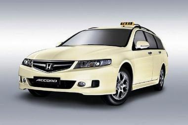 """Taksi """"Honda Accord Tourer"""" – tiesiai iš gamintojo"""