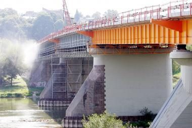 Vilijampolės tiltu eismas pajudės gruodį