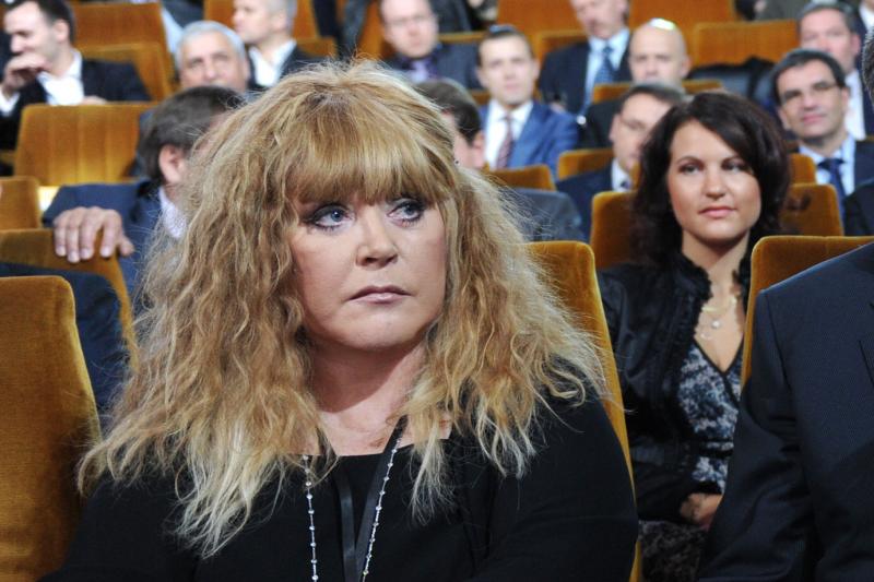 Depresija privertė A. Pugačiovą pakeisti šukuoseną? (foto)