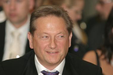 50 mln. litų V.Romanovo paskola bus keičiama į Ūkio banko akcijas