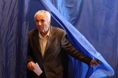 Moldova referendumu ieško išeities iš politinės aklavietės