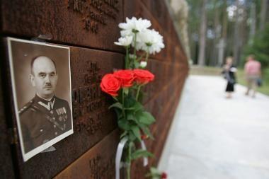 Lenkijos ir Rusijos prezidentai: Katynės tragedija turi būti ištirta iki galo (papildyta)