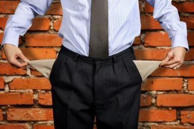 Dauguma gyventojų ekonomikos atsigavimą mato ne anksčiau kaip 2013-aisiais