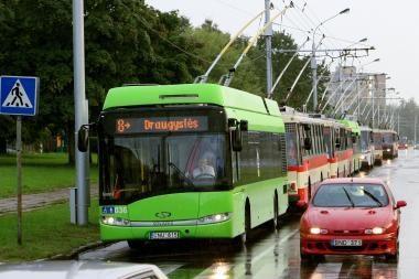 Profsąjungos prašo dar nebranginti transporto bilietų