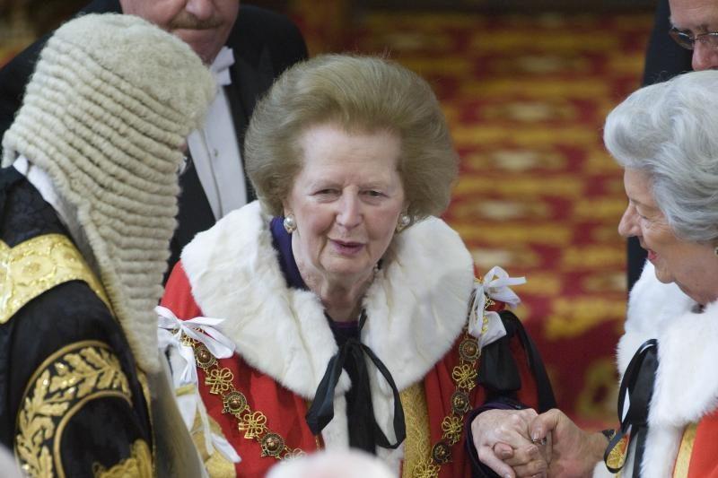 Mirė buvusi britų ministrė pirmininkė M. Thatcher (papildyta)